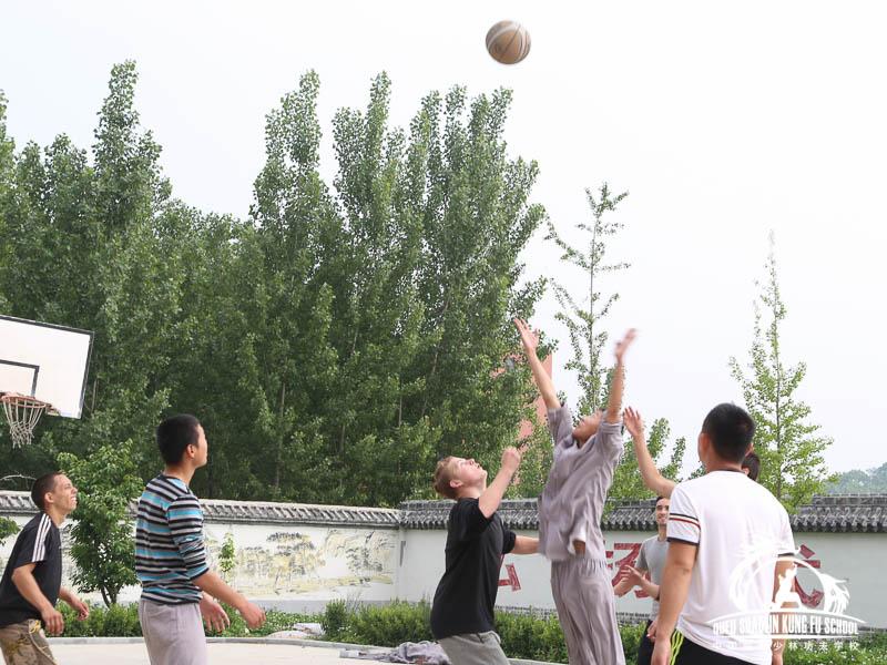 Baloncesto Qufu Shaolin Kung Fu School